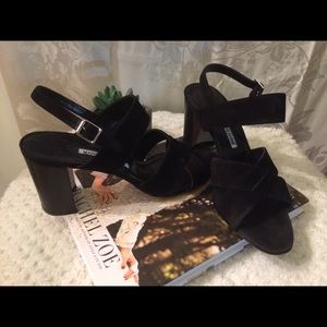 Manolo Blahnik sandals, sz 40